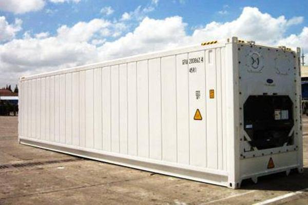 Container lạnh 40 feet có cấu tạo giống container khô nhưng có gắn hệ thống làm lạnh