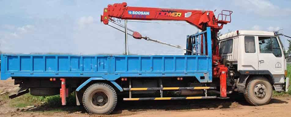 dịch vụ vận chuyển, nâng hạ container uy tín