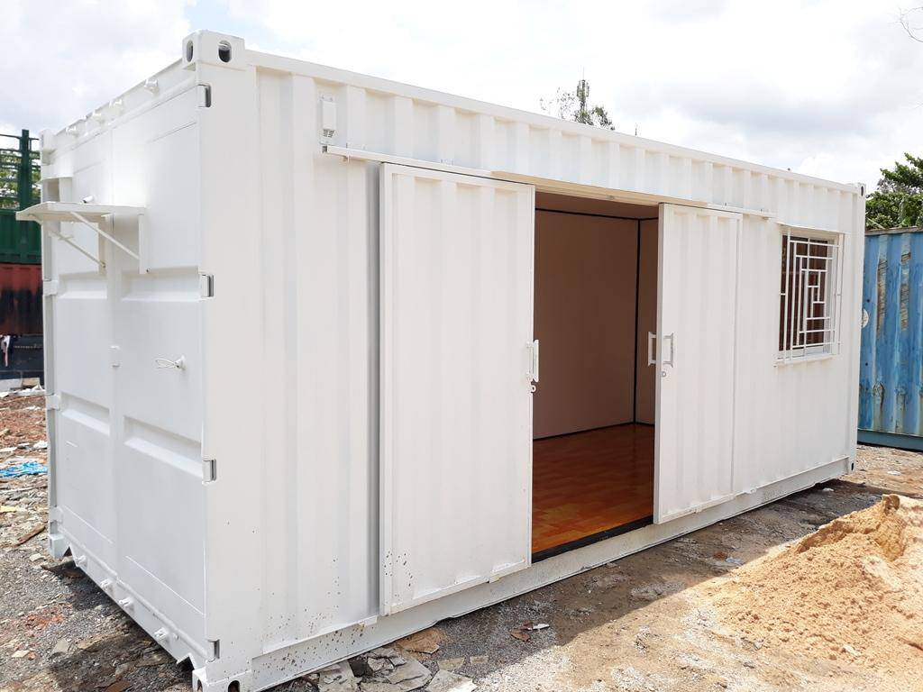 container trằng cửa kéo