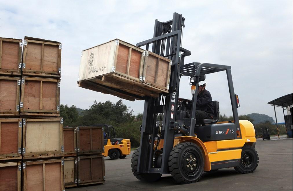 dịch vụ nâng hạ container ở Trần Phạm